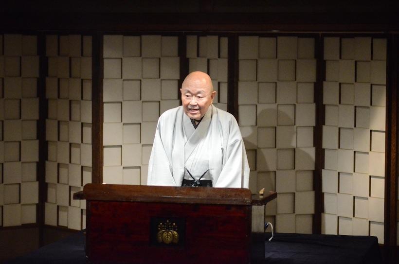 人間国宝・一龍斎貞水の怪談噺。料亭のお座敷で肝を冷やすひとときでありました。