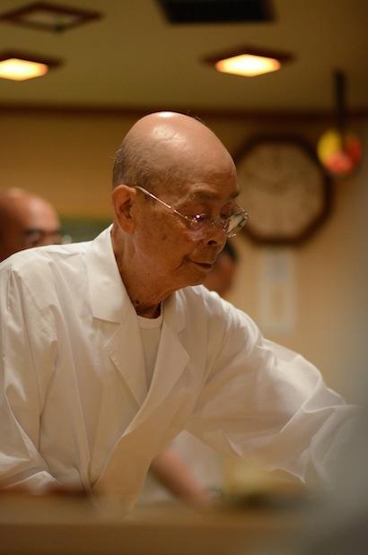 山本益博さんと巡る「江戸東京職人仕事の美食巡礼」第三回【鮨】すきやばし次郎