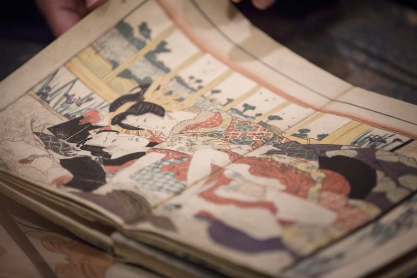 細川護煕理事長のご案内で永青文庫「春画展」特別鑑賞会を開催しました
